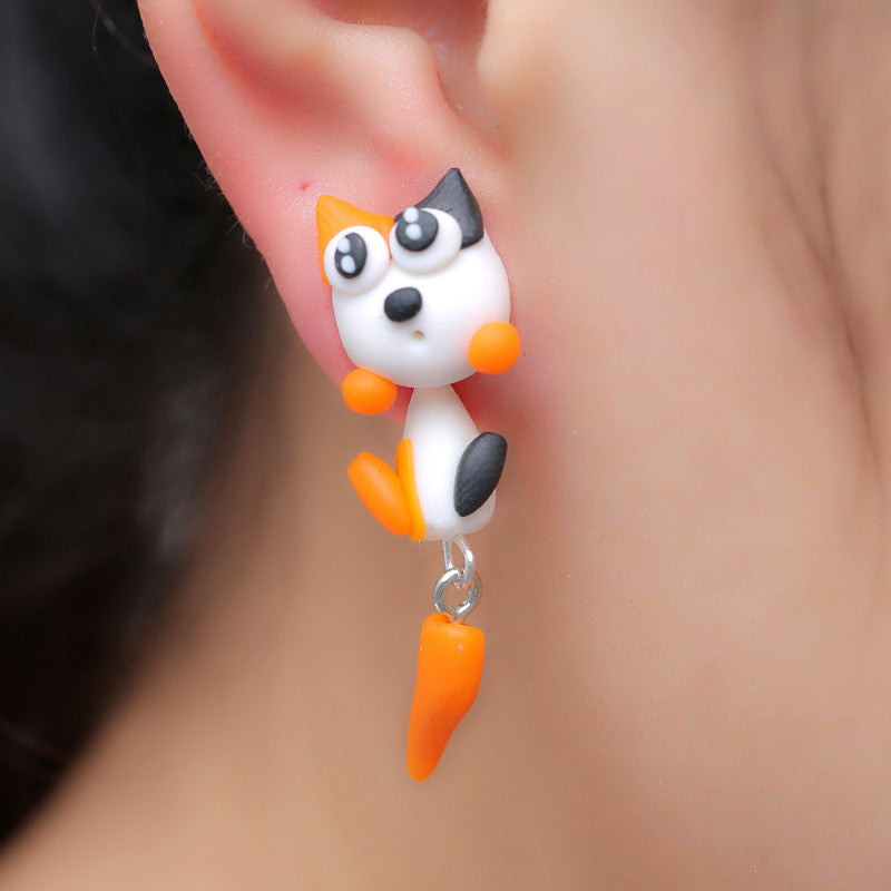 3D White Black Eyes Cat Stud Earrings