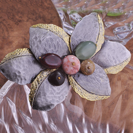 Stone Flower Retro Brooch Pin