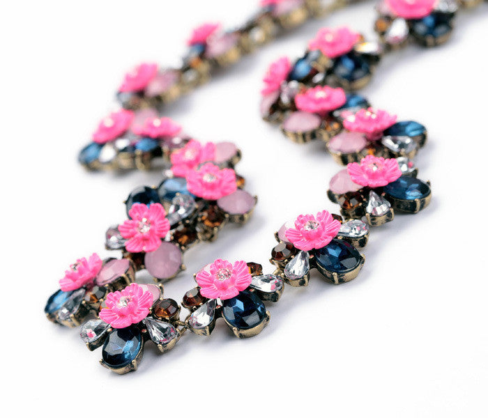Pink Stone Flowers Pendant Statement Necklace