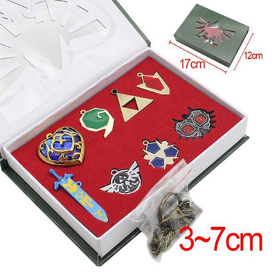 The Legend of Zelda Triforce variety of styles Hylian Shield & Master Sword Keychain/necklace/keyring Set Weapons Collection