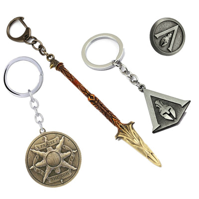 New Fashion Assassin's Creed Syndicate Keychain Sword Model Odyssey Pendants Brooch Round Metal Keyring Metal Chaveiro Accessory