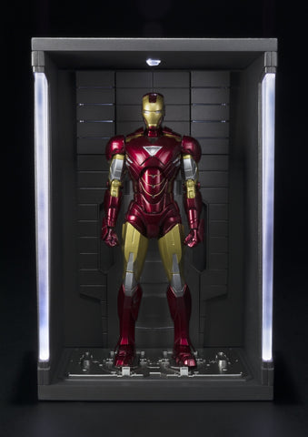 "S.H. Figuarts - Mark VI ""Iron Man 3"" & Hall of Armor Set"