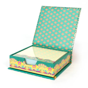 Intrinsic-Hello Gorgeous Notebox