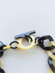 the clasp of buffalo horn chain necklace