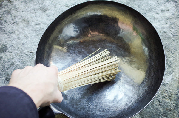 Using Bamboo Wok Brush