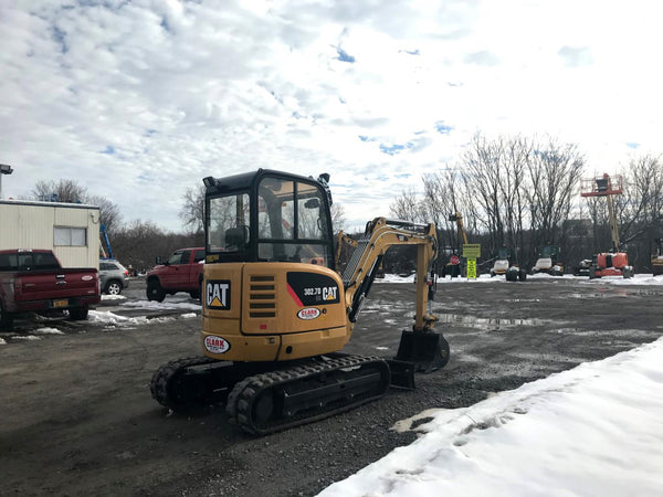 2017 Cat 302.7D CR Mini Excavator