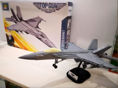 F/A-18E Super Hornet 'Top Gun: Maverick' COBI 5804 - 565 brick fighter aircraft - BRICKTANKS