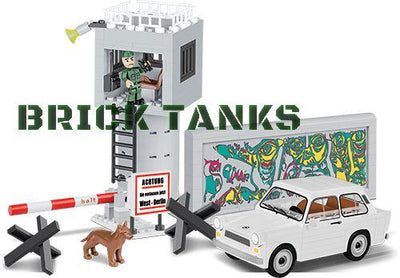 Trabant 601 (30th Anniversary of the Fall of the Berlin Wall) - COBI 24557 - 250 brick historical set - BRICKTANKS