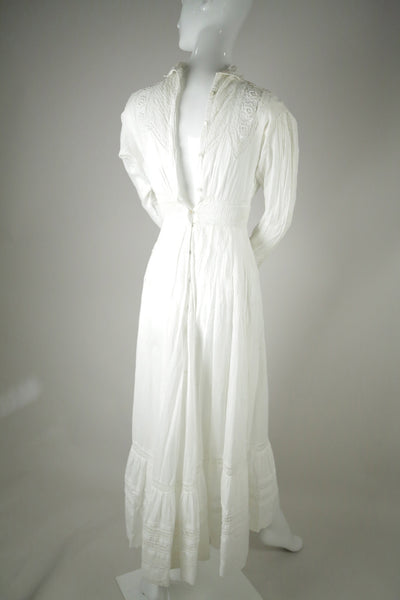 D038- Edwardian Wedding Dress