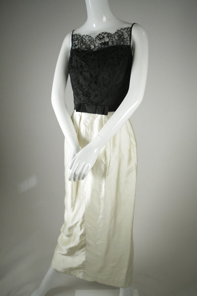 "D042- 1960s Black & White ""Audrey Hepburn"" Dress"