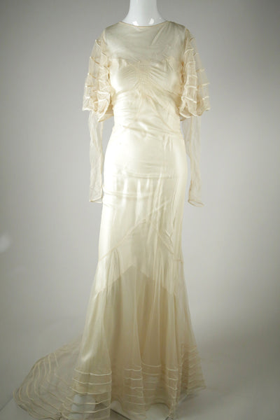 D044- 1930s Silk Wedding Gown with Train