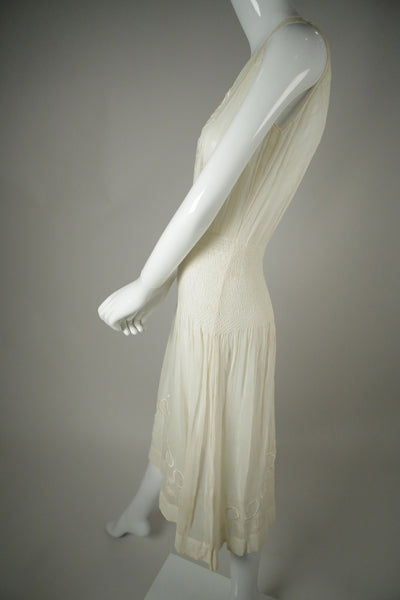 D048- 1920s Embroidered Cotton Voile Dress
