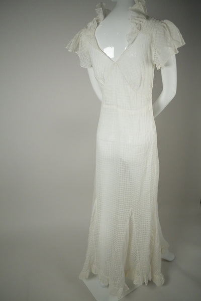 D051- 1930s White Cotton Wedding Dress
