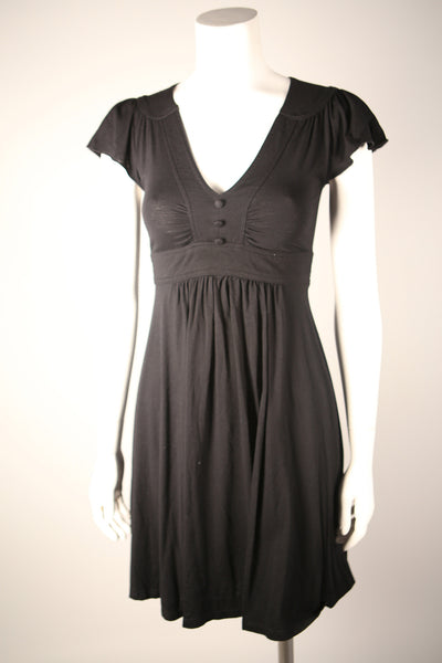 D086 - 1970s Black Knit Dress