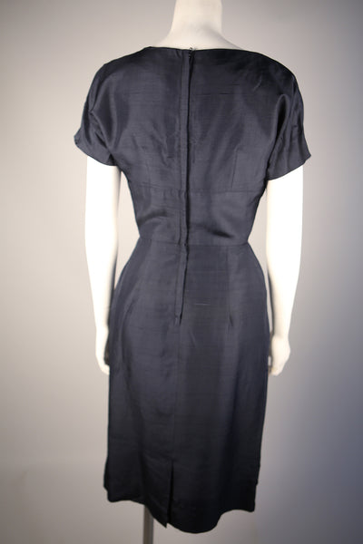 D106 - 1930s Navy Silk Shantung Day Dress