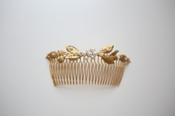 A036- Gold Leaf Bridal Comb