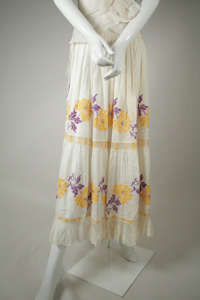 S067- Hungarian Embroidered Skirt from the 1910s