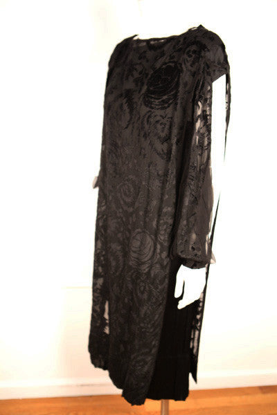D146- 1920s Black Silk and Velvet Deco Dress