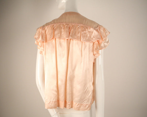 T152- 1940s Peach Silk Cover- Up with Ruffle Shoulders