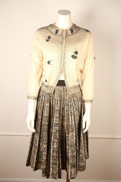 T124- Cream & Black Beaded Cashmere Sweater from 1950s