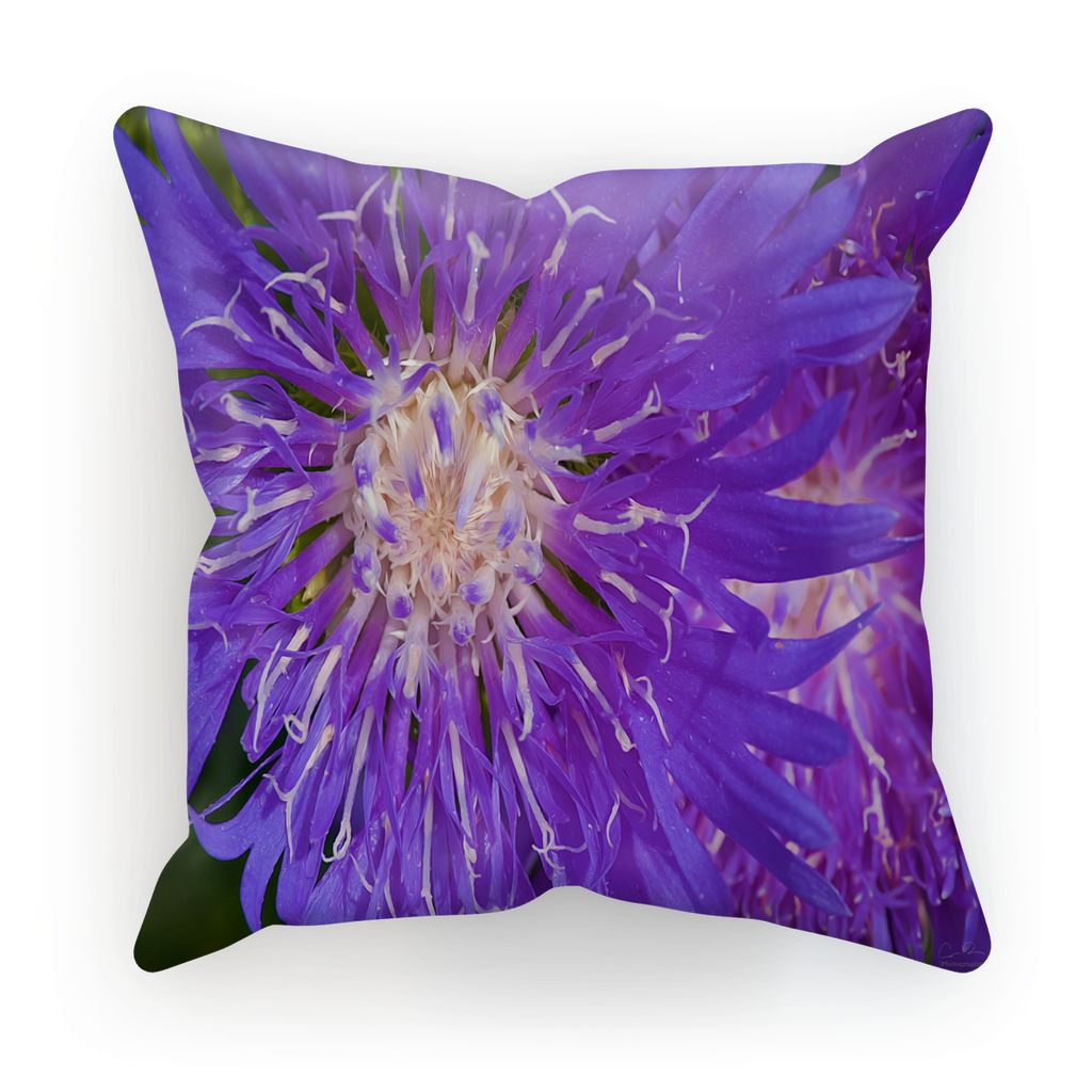 Flower I Art Throw Pillow - louisacatharinedesign