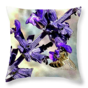 Sting Like A Bee By Louisa  - Throw Pillow