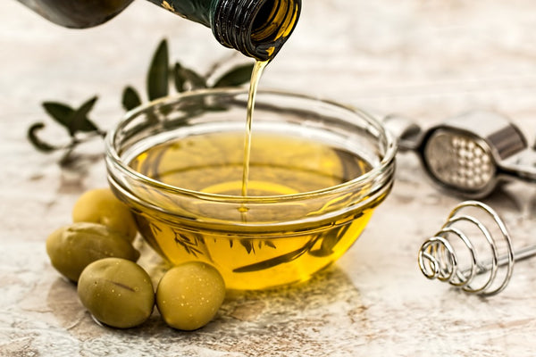 Natural skin moisturizer: extra virgin olive oil