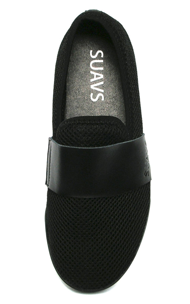 women's slip-on, black with black sole
