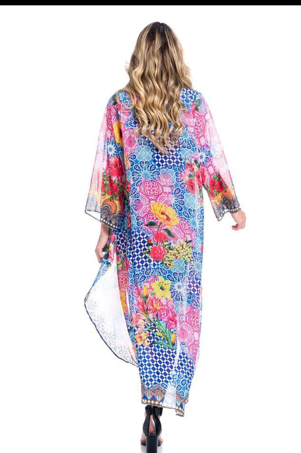 Beautiful sunflower duster, perfect for beach, cruise, or pair it with shorts/jeans!
