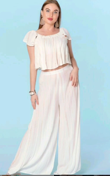 Crop top and white pants set