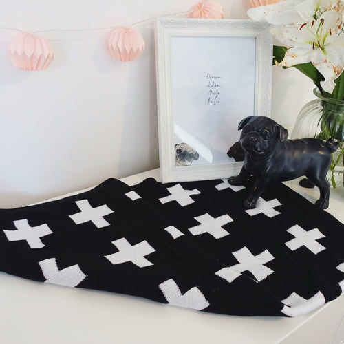 Black & White cross 100% cotton blanket