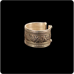 Wide Filigree Band Ring