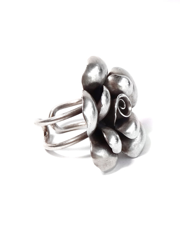 Tribal Rose Ring