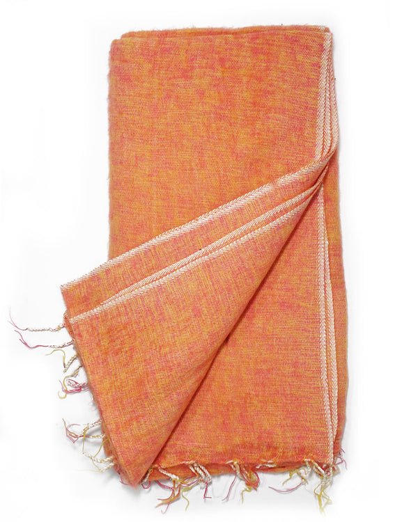 Brushed Woven Blanket in Peach
