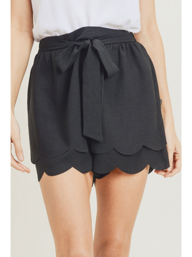 Scalloped Hem Shorts - Black