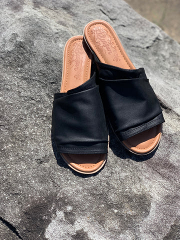 Tabetha Slip On Sandal - Black