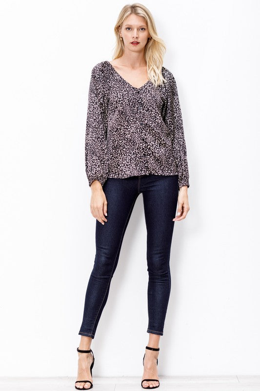 Picture Perfect Leopard Top - Black