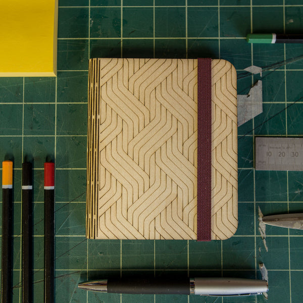 A7 notepad in Birchply hard case