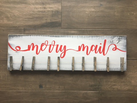 Merry mail sign with 10 pegs
