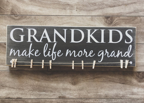 "Grandkids make life more grand 5""x 16"" - MDF with 10 pegs"