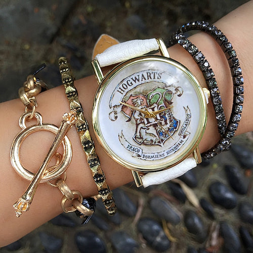 HOGWARTS Magic School Watch