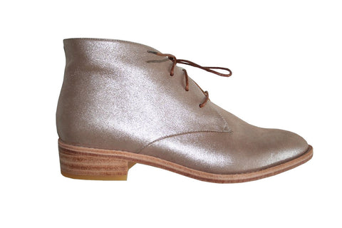Huma Blanco - Manuela Chukka Boot in Silver - Seaside Soles