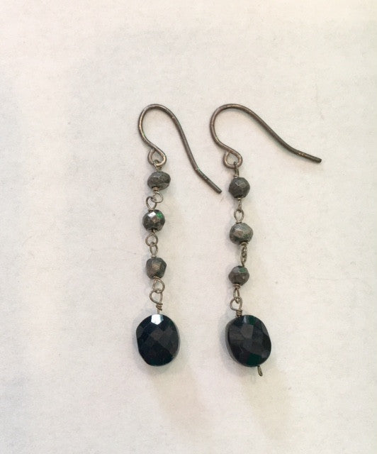 Elizabeth B - Black and Grey Dangle Earrings - Seaside Soles