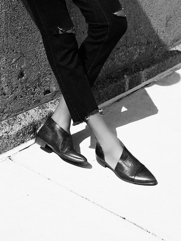 Free People - Royale Flat in Black - Seaside Soles