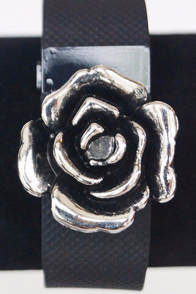 Silver Flower FitFashions Charm