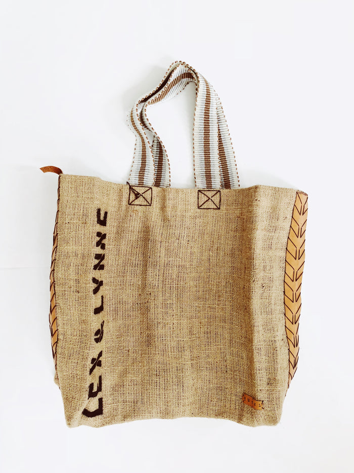 Dutzi Burlap Tote in Natural Multi - Lex & Lynne