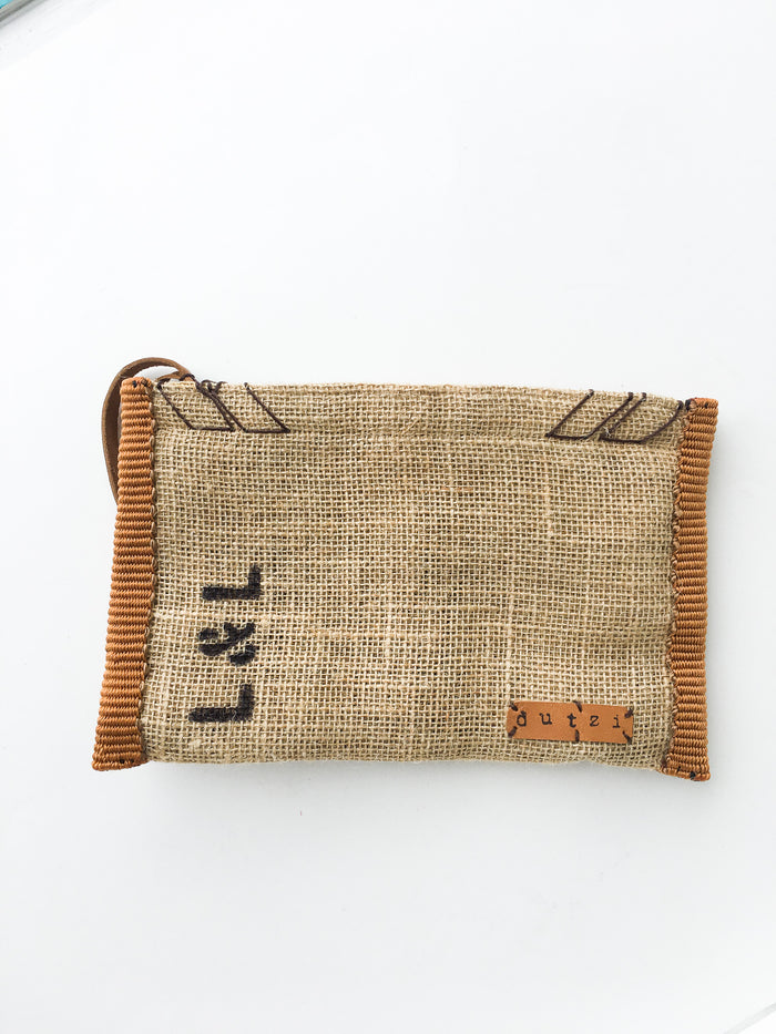 Dutzi Burlap Clutch in Rust - Lex & Lynne