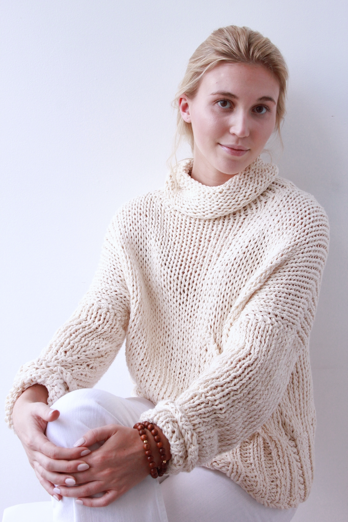 Relaxed Knit - Lex & Lynne
