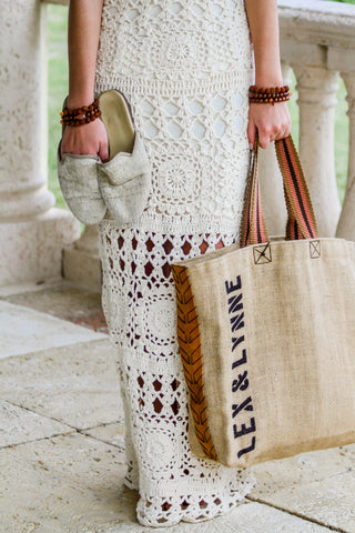 Dutzi Burlap Tote Bag in Rose - Lex & Lynne
