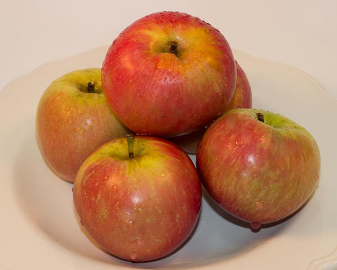 8kg BOX Organic 'Fuji' Apples Grade 1